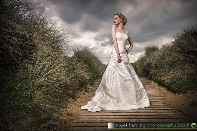 Speedlight Wedding Photography: Off-Camera Flash Bridal Photography At The Beach
